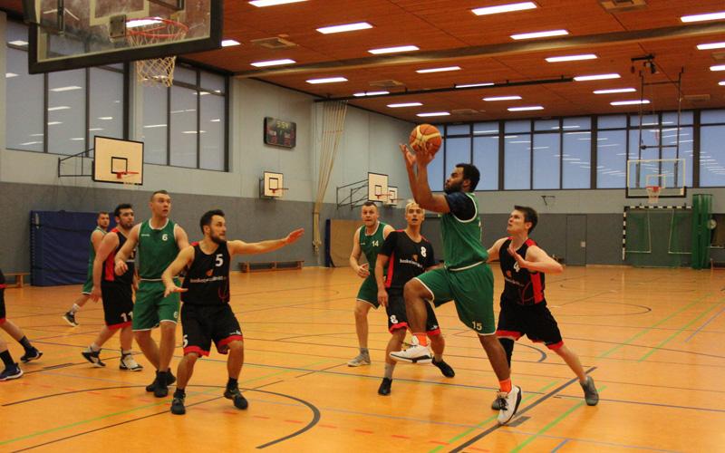 HNT gegen Harburg Baskets