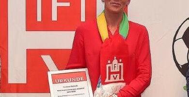 Yvonne Petrich (HNT)